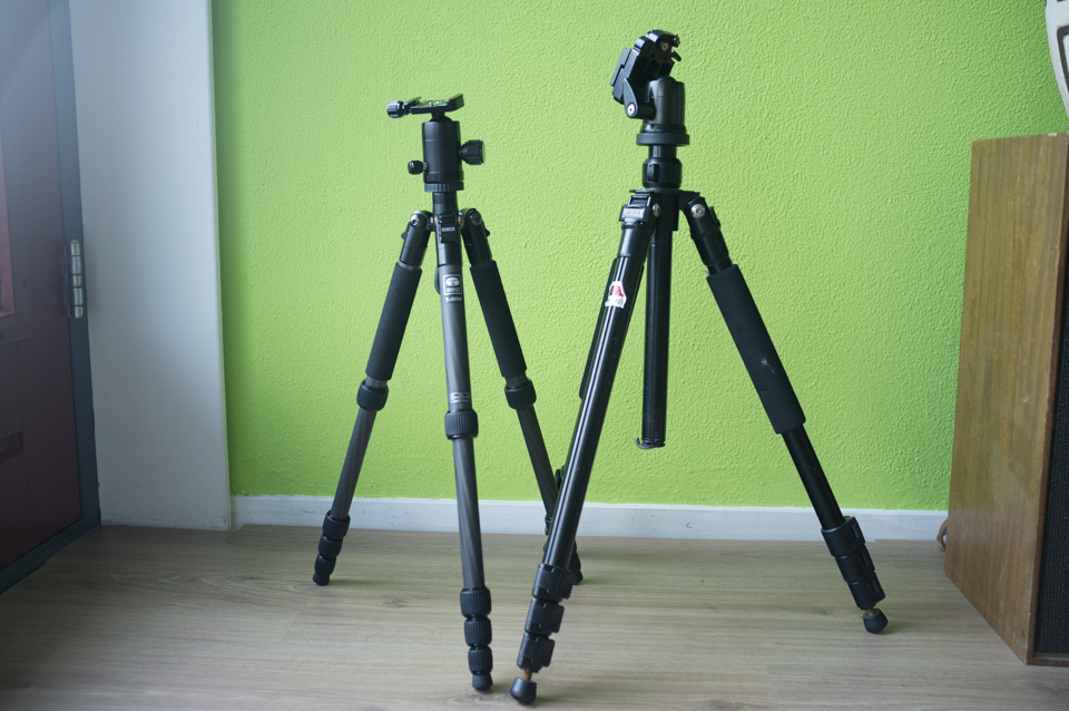 Sirui T-025X (left, one leg section extended) and Redged RTT-423 (right)